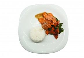 Рис с лососем в терияке